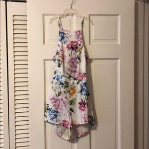 Show Me Your Mumu Afton Floral Romper Size Small
